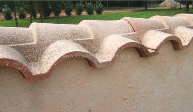 mediterrane mauerabdeckungen zum schutz des mauerwerks der. Black Bedroom Furniture Sets. Home Design Ideas